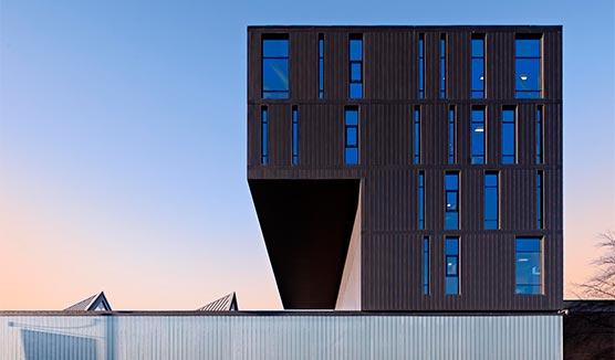 Stockport College image