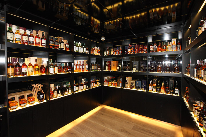 The-Whisky-Shop-Manchester-Interior