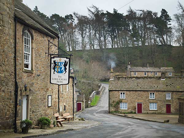 the-lord-crewe-arms-at-blanchland
