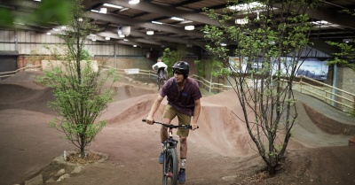 Mayfield welcome brand-new indoor bike park – Dirt Factory