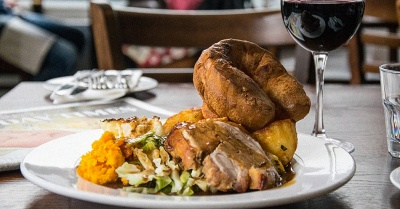 """FOR COLLECTION: The Sunday Roast that's """"punching well above its weight"""""""