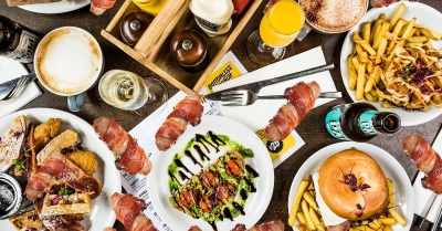 This Festive Bottomless Brunch comes with Bottomless Pigs in Blankets!
